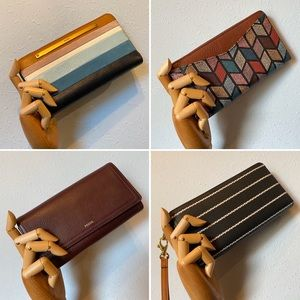 Who Loves Amazing Fossil Wallets & Clutches?